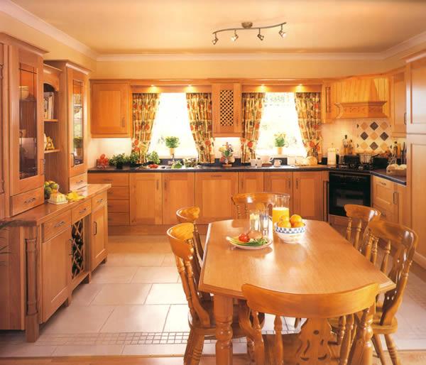 tủ bếp gỗ sồi nga thiết kế đẳng cấp và sang trọng