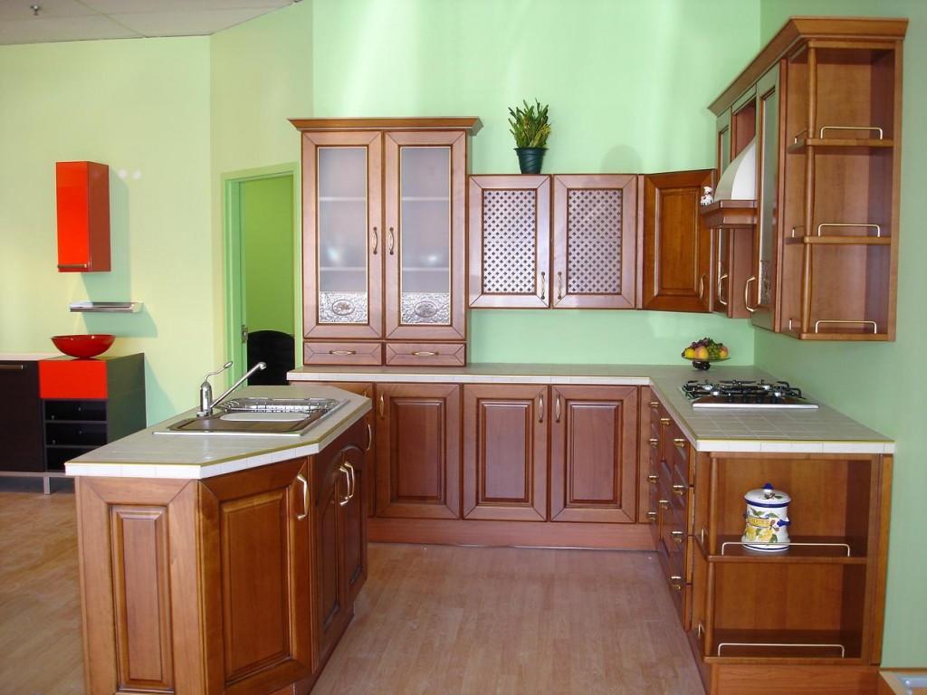 Mẫu tủ bếp gỗ xoan đào kiểu chữ U đẹp