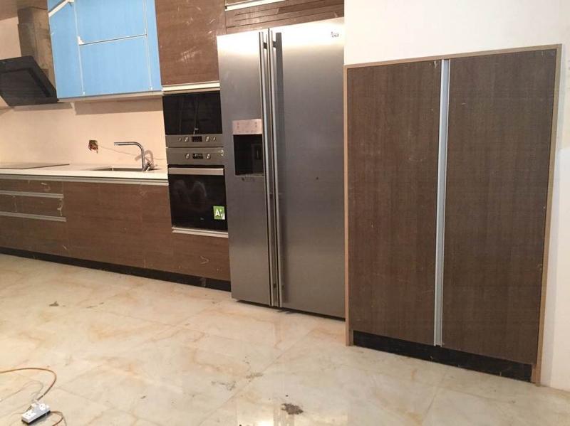 Thiết kế chỗ để tủ lạnh và lò vi sóng hợp lý