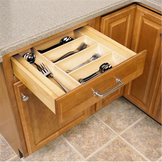 Nên dùng phụ kiện tủ bếp hãng nào có chất lượng tốt