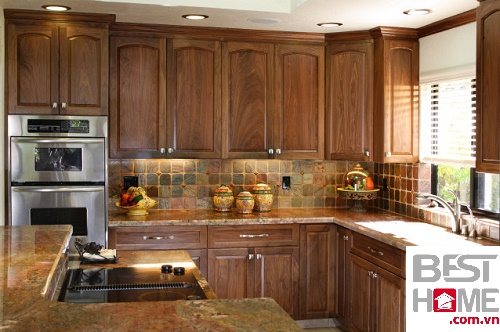 Tủ bếp gỗ óc chó dành cho nhà biệt thự