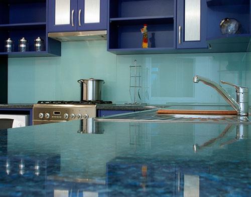 trang trí bếp từ màu xanh