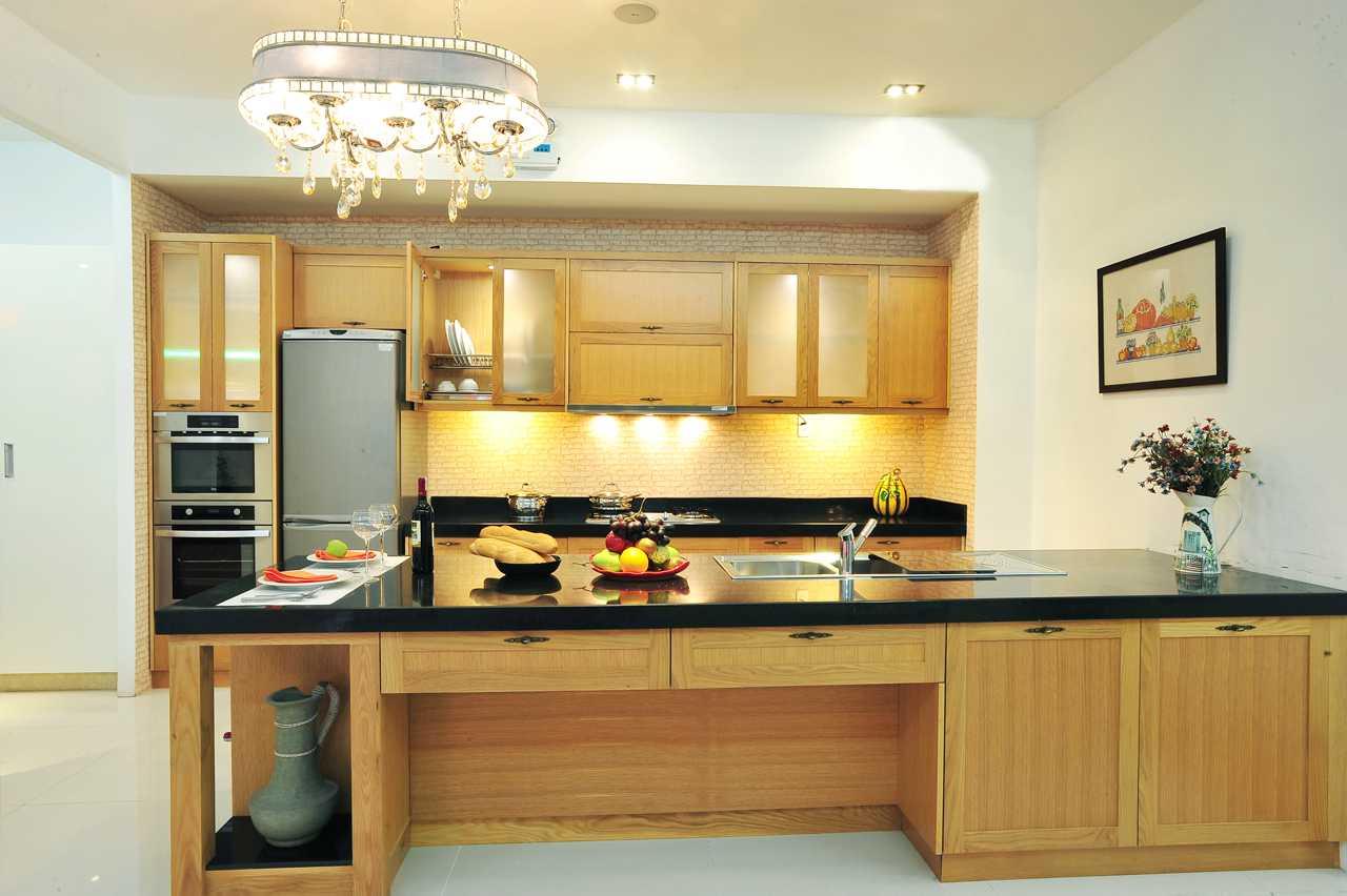 Nguyên liệu gỗ sồi được ưa chuộng nhờ màu sắc và đường vân trên gỗ tạo cảm giác ấm cúng cho căn phòng
