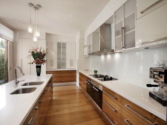 Giá tủ bếp gỗ quyết định vào những yếu tố nào, giá tủ bếp gỗ