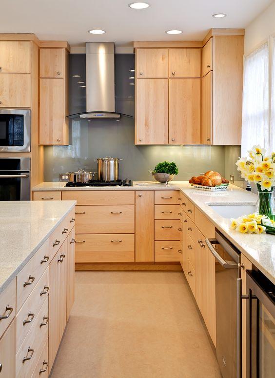 10 mẫu tủ bếp gỗ sồi Nga đẹp, mẫu tủ bếp gỗ sồi Nga, tủ bếp gỗ sồi Nga đẹp